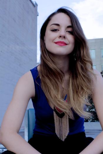 Photo of Courtney Sheehan. Photo credit: Julio Ramirez
